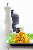 Carrot and lettuce salad with chives