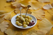Steamed gingko nuts with salt