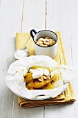 Grilled caramelised bananas with sliced almonds