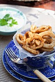 Squid rings with a yogurt dip