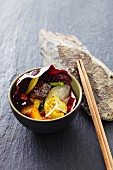 Vegetable curry in a radicchio leaf (Asia)