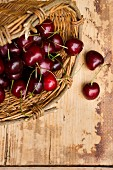 A basket of cherries