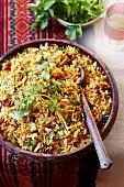 Reis-Pilaw mit Rosen und Safran