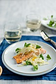 Salmon fillet with fennel, oranges and watercress