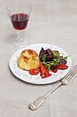 Pikanter Pudding mit Gemüsebeilage