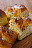 Cheese and poppy seed rolls (Romania)