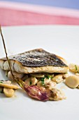 fillet of sea bream with mushrooms and garlic