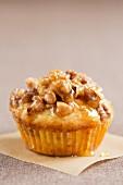 Cupcake mit Nüssen und Honig