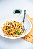 Noodles with vegetables and a soy & honey sauce