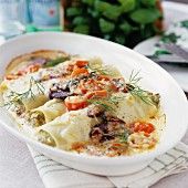 Cannelloni with tomatoes, olives and dill