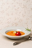 Squash and tomato soup with ginger