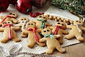 Lebkuchenmänner zu Weihnachten