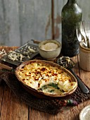 Spinach and potato gratin with cheese