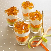 Trifles with clementines and jelly