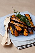 Oven-roasted carrots with thyme