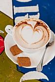 Cappuccino mit Milchschaumherz