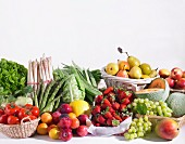 Verschiedene Obst- und Gemüsesorten
