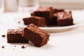 Several brownies
