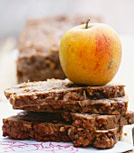 Apple bread with nuts