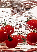 Cherry tomatoes in water