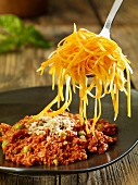 Carrot spaghetti with minced meat sauce