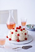 Meringue torte with Vacherin cheese and raspberries