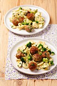 Orecchiette with pork meatballs and broccoli
