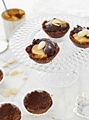 Mini toffee cakes