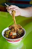 Thailändisches Nudelgericht