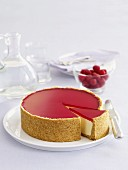 Lemon cheesecake with ricotta and raspberry jelly