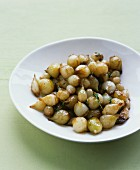 Glazed pearl onions with thyme