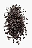 Viele schwarze Sesamsamen