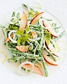 Bean salad with peaches and onions