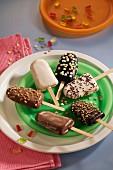 Cakes on sticks for children's birthday party