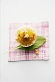 Eier mit Currycreme und Erdnuss