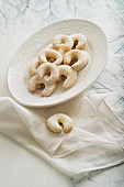 Vanilla crescents with icing sugar