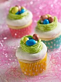 Oster-Cup Cakes