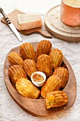Cheese madeleines with marmalade