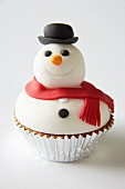 A snowman cupcake for Christmas