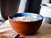 Porridge with yogurt and cinnamon