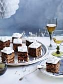 Christmas Cake mit Fondantglasur