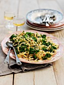 Linguine with green cabbage