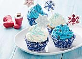 Cupcakes mit Weihnachtsdeko