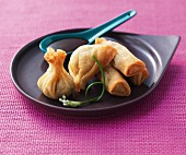 Spring rolls filled with duck (Asia)
