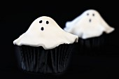 Ghost cupcakes for Halloween