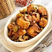 Chicken with sherry and green olives (Spain)