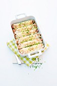 Tortilla-Auflauf mit Leberkäse, Sauerkraut und Schnittlauch