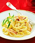 Tagliatelle with lobster and tarragon sauce
