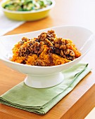 Mashed sweet potatoes and walnuts, honey and sherry
