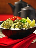 Green chicken curry with potatoes and rice